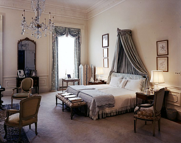 Master bedroom white house museum for Master bedroom design ideas pictures